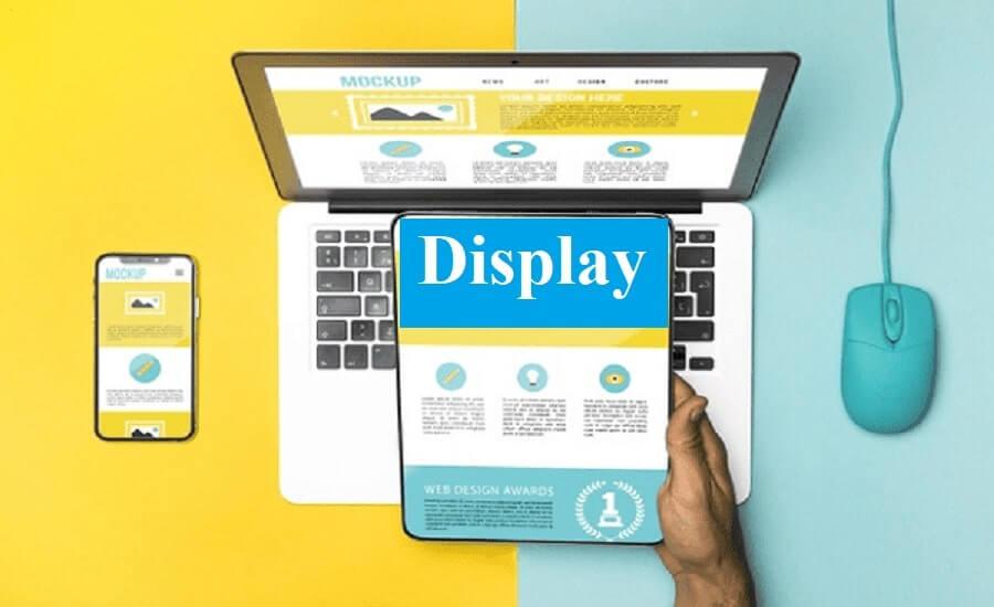 tablet vs laptop display
